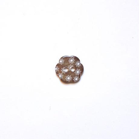 フラワー型シェルボタン 15mm (JB109179 ブラウン)