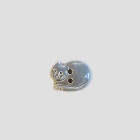 丸まったネコのボタン(JB77679 グレー)