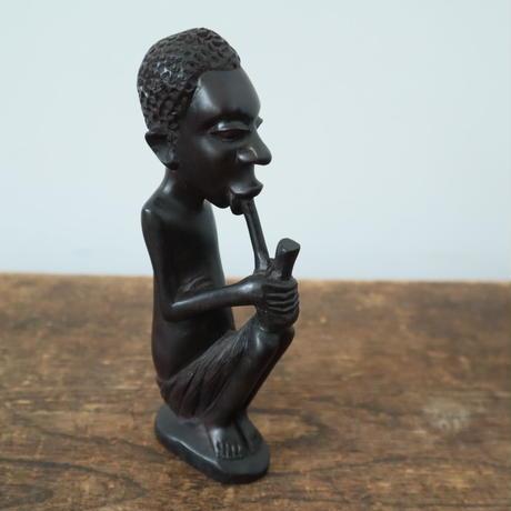 【古道具258 】 黒檀木彫 パイプをふかす男 BOKO 彫刻