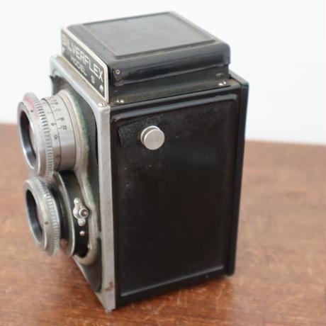 【古道具241】2眼ビンテージカメラ SILVER FLEX  革ケース付