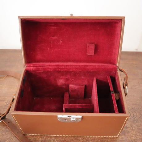 【古道具215】 Bell&Howell  古い革カメラケース
