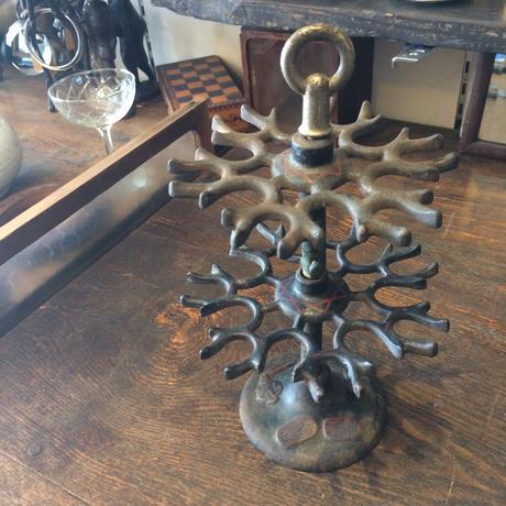 【古道具38】アンティークアイアンの飾り台 アクセサリー等