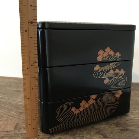 【古道具95】レトロモダンなお重箱