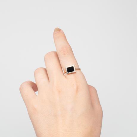 ring / K10YellowGold windowframe オニキス