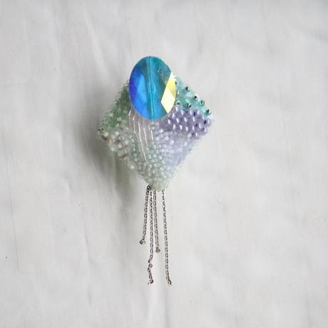 刺繍ブローチ(kite)