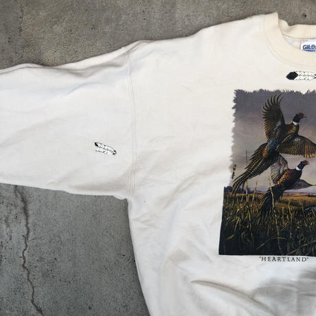 """HEARTLAND"" BIRD SWEAT"