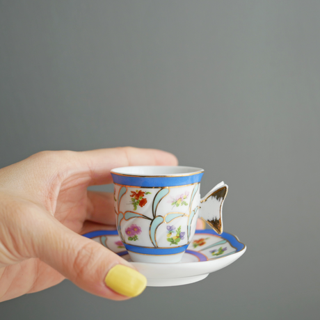 Vintage/France 蝶々ハンドルの小さなカップ&ソーサー