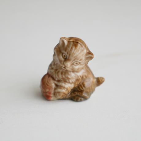 Vintage/England WADE社 毛糸玉と子猫