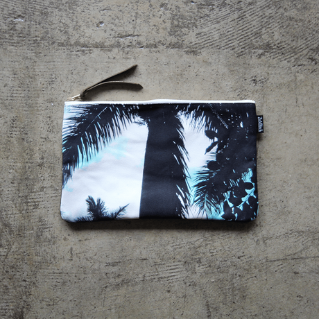 UNDEAD 'DAY DREAM' clutch bag - M size