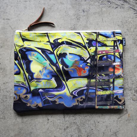 UNDEAD 'Yellow breath' clutch bag - XL size