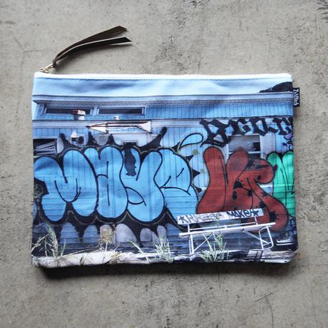 UNDEAD 'END TO END' clutch bag - XL size