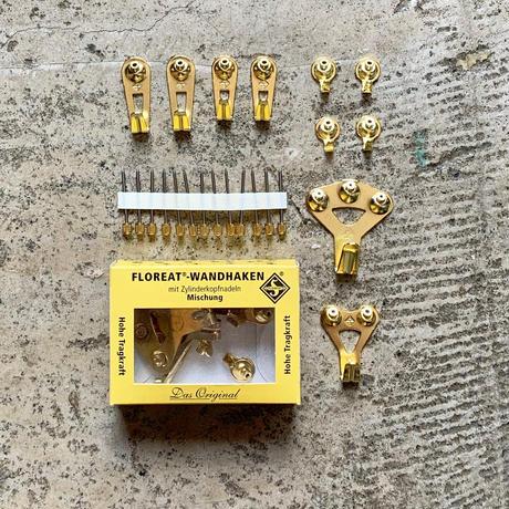 """Floreat Wall Hooks """"Brass"""""""