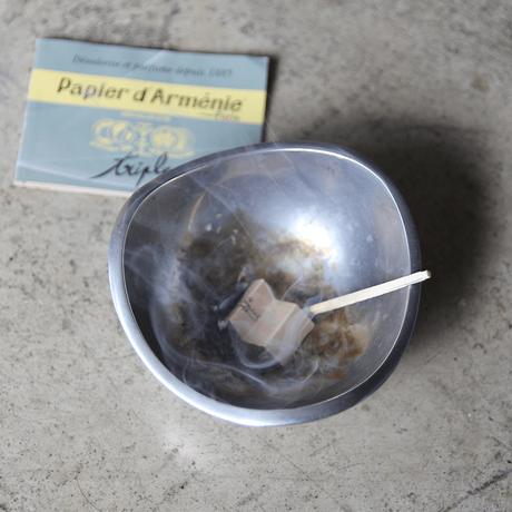 PAPIER D' ARMENIE &MATCHS