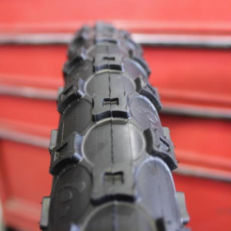 CLEAN  KOALA (コアラ) 26x2.50 タイヤ
