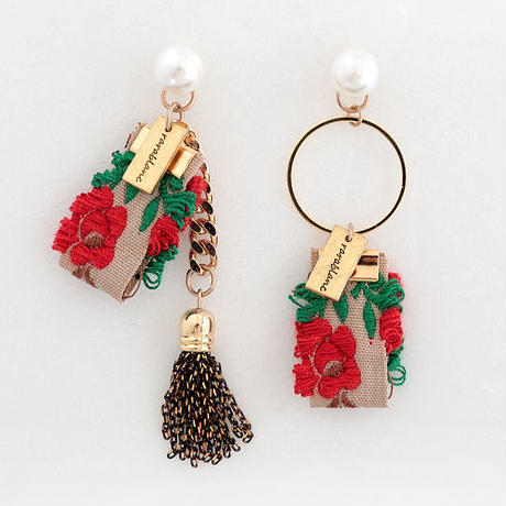 moi & toi  earrings
