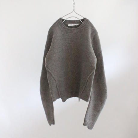 2colors-arc-shaped warm sweater