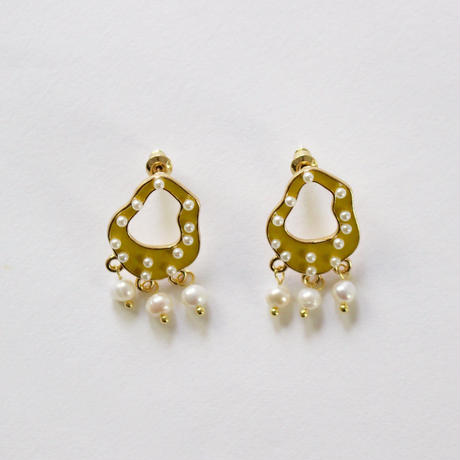 art curve lemon earrings