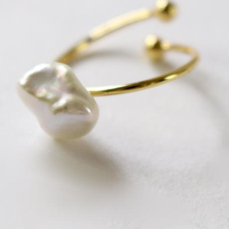 shapeless pearl ring