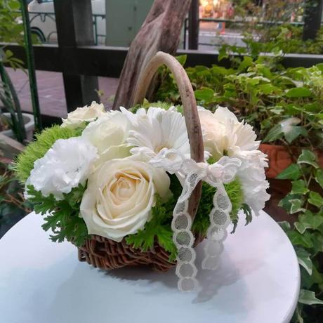 「喫茶ライフ」の花々 ④ホワイトローズ2輪 2,750円(税込・送料込)