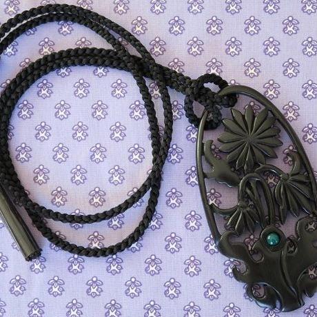 黒檀ペンダント「花の木ネックレス グリーン(めのう)」、Bijoux  Kei