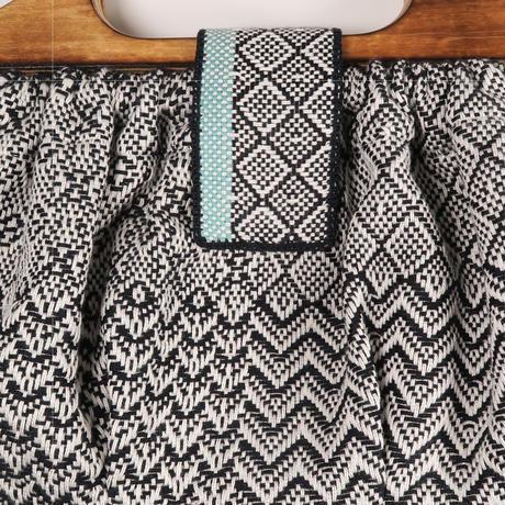手織物 ハンドバッグ(小)ブラック、trois temps