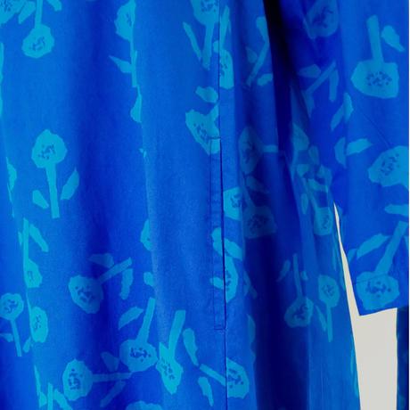 フラワープリント ワンピース (ロイヤルブルー)、 grin、 日本製