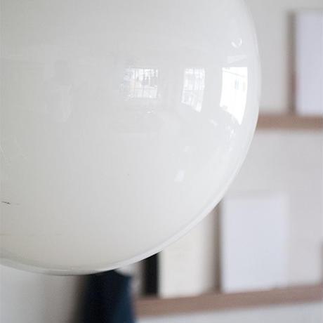 丸型ガラスのペンダント照明