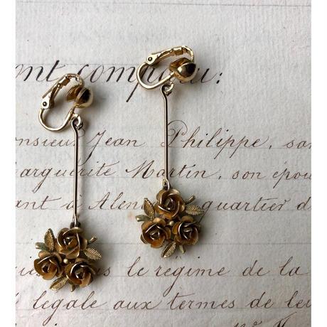 Flower  motif  Earring  1806-50A