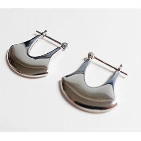 wave pierced earings