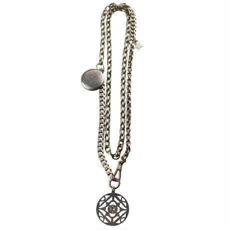 memory necklace / moon
