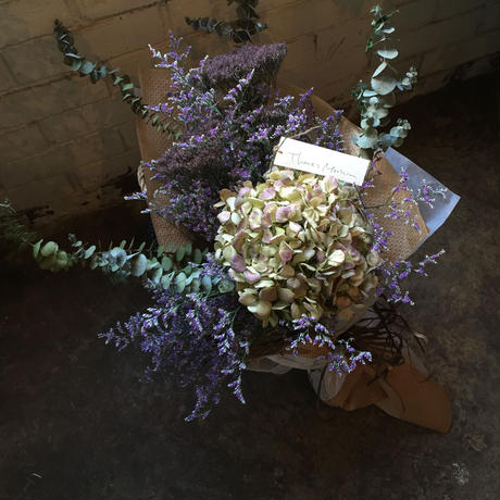 母の日 ドライフラワーの花束(パープル)