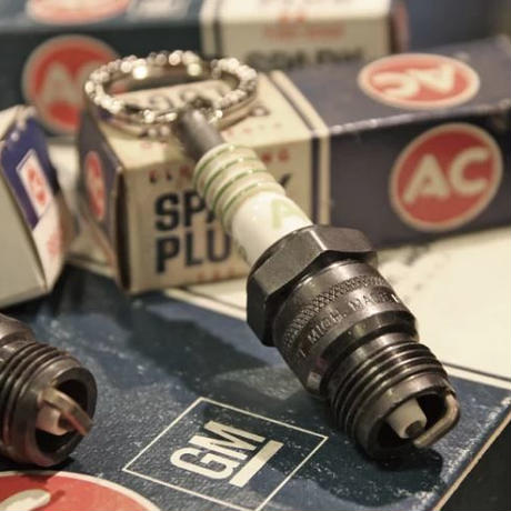 "Old Stock ""AC"" Spark Plugs Remake Keyring"