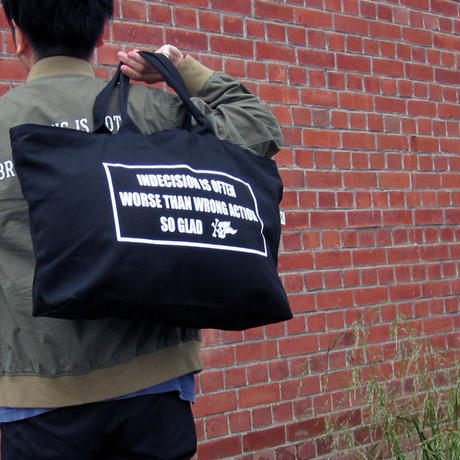 Box Logo Zip Totebag