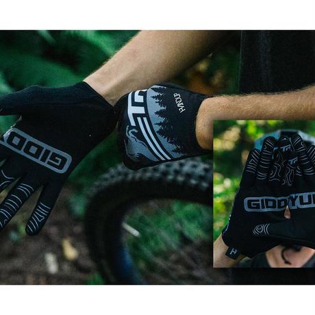 GiddyUp Glove