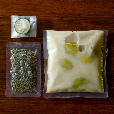 【季節の一汁一菜】丸茄子と蓴菜 白味噌 冷やし煮 2人前