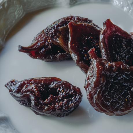 【季節の一汁一菜】セミドライ無花果とブルーチーズ