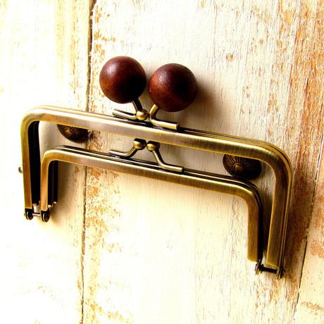 【HA-1229】親子口金 12cm(ちょっと大きな茶色の木玉×アンティークゴールド)