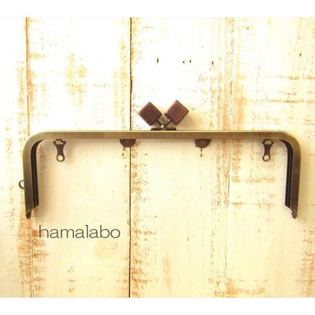 5月18日販売開始!【HA-1832】27cm角型 兼用カン口金(大きな茶色の木キューブ×アンティークゴールド)+(プラス)