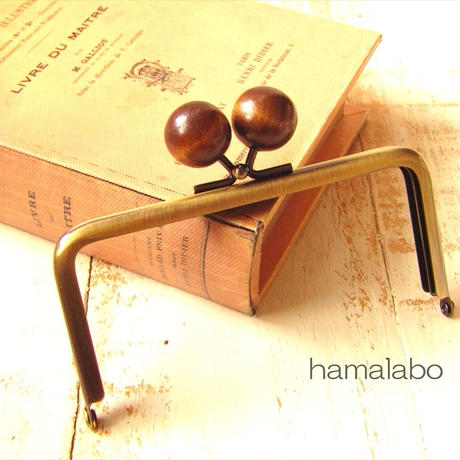 2月1日販売開始!【HA-1766】12cm/角型(ちょっと大きな茶色の木玉×アンティーク)