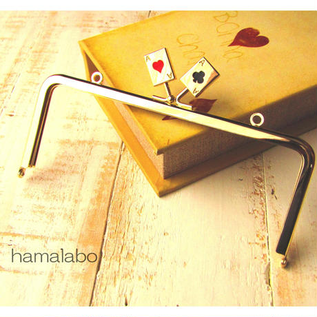 3月29日販売開始!【HA-459】18cm角型の口金(トランプ×ゴールド)・カン付き