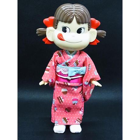 振袖ペコちゃん人形