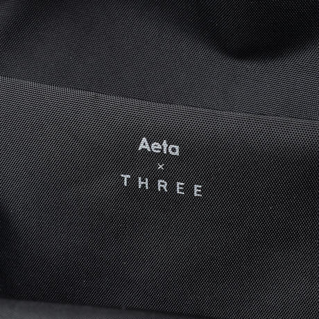 AT02 Aeta×THREE POUCH L