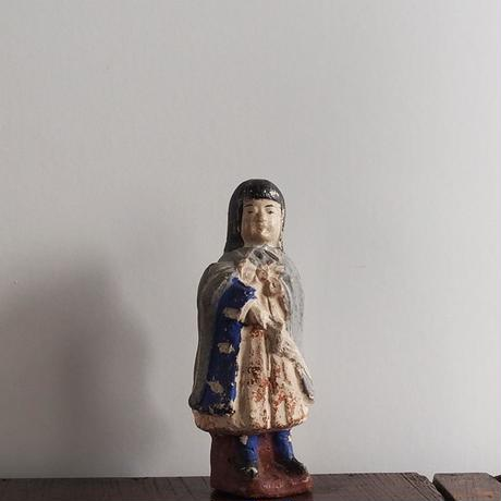 no384   土人形 少女