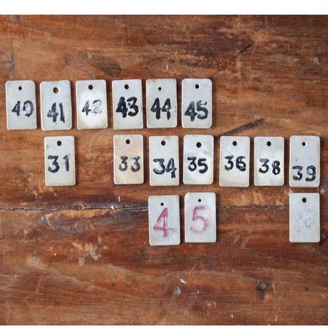 no523  銭湯の番号ふだ