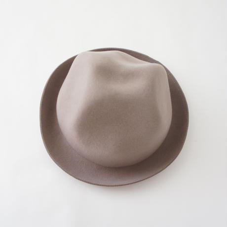 Mountain Hat (greige) / MOUN TEN.