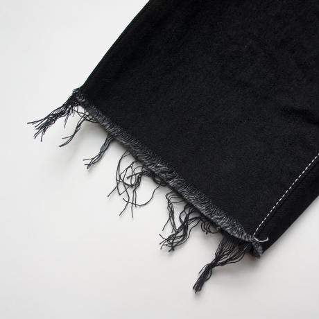 Wide Cropped Denim (black/125.140) / MOUN TEN.