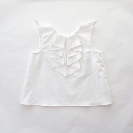 Pointed blouse / folkmade