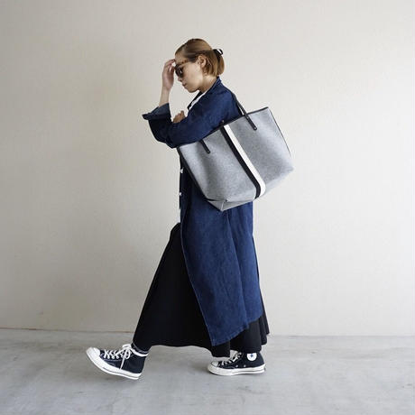 【2017 aw collection】holiday tote large melton silver grey