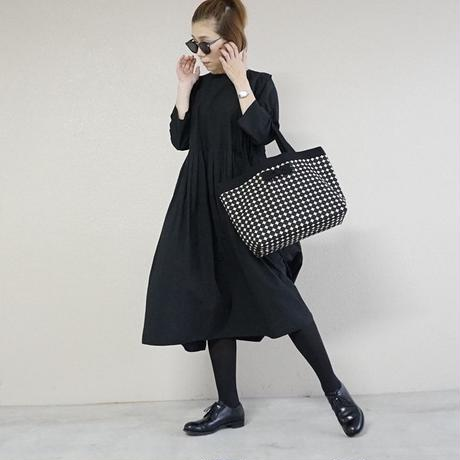 basic tote dots black