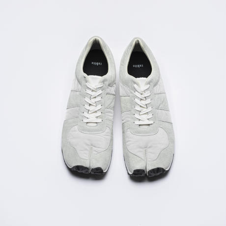 TRAINING SHOES4 Recycled airbag white